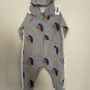 Little Marc Jacobs Baby boy Grey onesie with hood.